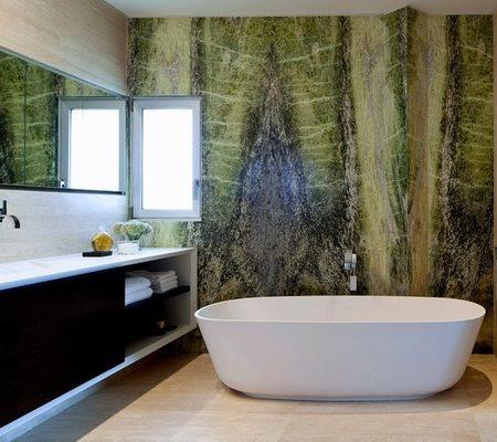 חדר אמבטיה עשויה משיש